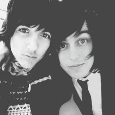 Oli Sykes & Kellin Quinn.<< I JUST SPIT OUT MY DRINK AND STARTED SCREAMING.