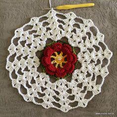 Trilho de mesa - caminho de mesa com flor rasteirinha - passo a passo (36)