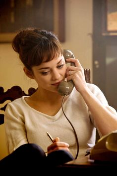 I love these bangs on Marion Cotillard in the movie (I gather) Nine.