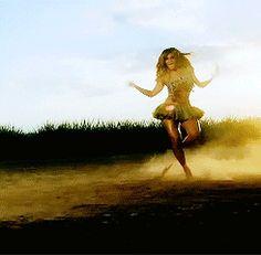 Beyoncé  ( 5 )
