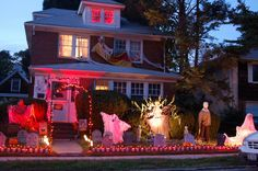 Halloween+in+New+England | Heart New England: Erin's Halloween Calendar 2010