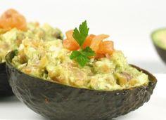 Aguacate relleno de queso de cabra y salmón para #Mycook http://www.mycook.es/cocina/receta/aguacate-relleno-de-queso-de-cabra-y-salmon