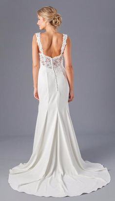 Wedding Dresses – A fitted lace top wedding dress that will leave everyone in awe! Wedding Dress Topper, Fit And Flare Wedding Dress, Blue Wedding Dresses, Wedding Dress Accessories, Wedding Dress Styles, Wedding Gowns, Bridesmaid Dresses, Dream Dress, Bridal Gowns