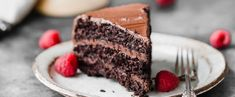Sometimes you just need a really good cake. If you haven't been introduced to Monique with the Ambitious Kitchen let me do that now. She's amazing. Gut Healing Diet, Paleo Chocolate Cake, Low Carb, Amazing, Desserts, Food, Tailgate Desserts, Deserts, Essen