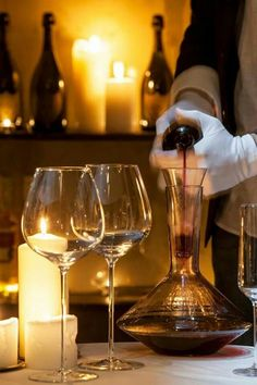 5d3649ce0fb4 This decanter does not improve the wines characteristic by 10 points. Ours  does. @