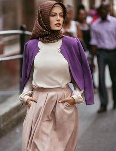 Kayra Giyim 2014 - Découvrez en exclusivité les nouveaux looks hijab signés Kayra Islamic Fashion, Muslim Fashion, Modest Fashion, Fashion Outfits, Fashion Trends, Hijab Outfit, Girl Hijab, Abaya Style, Beautiful Hijab