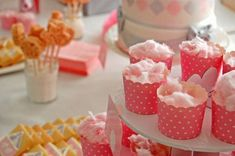 anniversaire thème carrousel manège petits chevaux Carrousel, Baby Shower, Candy, Breakfast, Desserts, Recipes, Girl Parties, Sweet Tables, Bar Ideas