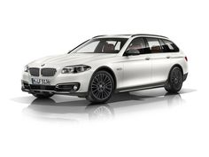 BMW 5 Touring with X - Outdoor Pack - Version #1 | BMW 5 Touring s X - Outdoorovým paketem - Verze #1