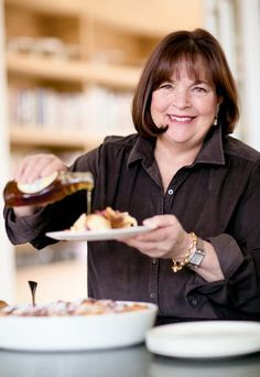 Ina Garten is the author of the Barefoot Contessa cookbooks and host of Barefoot Contessa on Food Network. Elegant Dinner Party, Dinner Menu, Dinner Parties, Simple Dinner Party Menu, Dinner Ideas, Mary Berry, Cooking Tips, Cooking Recipes, Easy Cooking