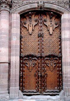 doors and windows of san miguel
