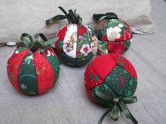 Atelier Patchwork – Recouvrir des boules en polystyrene pour décorer le sapin de Noël | patchcath