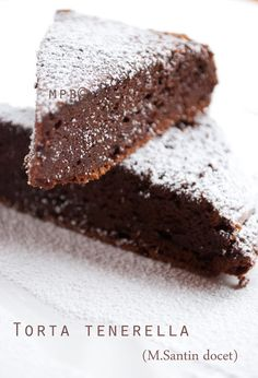 Soft and fudgy chocolate cake ♥