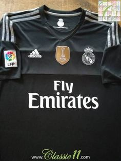 d4f9bff37a7 2015 16 Real Madrid Goalkeeper La Liga Football Shirt (XL)