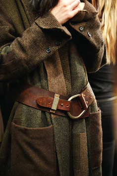 This is a beautiful piece-work belted tweed coat by Ralph Lauren Fashion Mode, Look Fashion, Winter Fashion, Womens Fashion, Fashion Clothes, Fashion Beauty, Mode Style, Style Me, Ralph Lauren Style