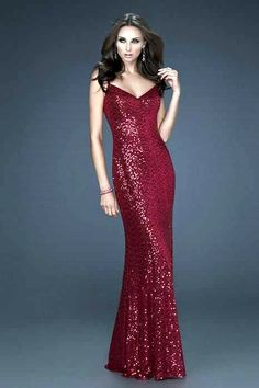 We have the 2017 prom dress in a store near you. Unique evening gowns for prom, including short dresses, two piece prom dresses, and mermaid styles. Straps Prom Dresses, V Neck Prom Dresses, Homecoming Dresses, Long Dresses, Formal Dresses, Cheap Dresses, Formal Wear, Dress Long, Pretty Dresses