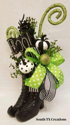 Halloween Boo, Halloween Projects, Diy Halloween Decorations, Holidays Halloween, Halloween Themes, Vintage Halloween, Halloween Pumpkins, Happy Halloween, Halloween Centerpieces