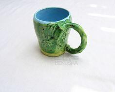 """""""Lizard"""" - ceramic mug with a lizard."""" Jaszczurka"""" - ceramiczny kubek z jaszczurką."""
