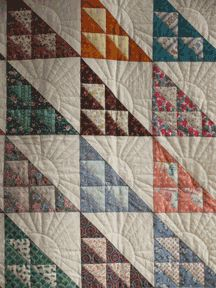 birds in the air quilt block with super cool quilting. Put some birds applique on it. Longarm Quilting, Free Motion Quilting, Machine Quilting, Flying Geese Quilt, Bird Quilt, Quilting Templates, Quilting Designs, Small Quilts, Mini Quilts