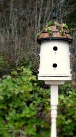 DIY.. How to Make a Bucket into a Bird House