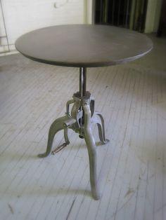 Concrete dining table james dewulf concrete solid for Tondelli arredamenti