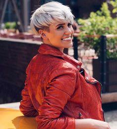Madeleine Schön Short Hairstyles - 11