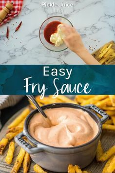 This fry sauce is so good you'll use it for more than fries! With just a handful of ingredients this fry sauce is ready in 5 minutes. A little spicy and tangy, this recipe for fry sauce is the only one you need! Sauce Recipes, New Recipes, Dinner Recipes, Cooking Recipes, Favorite Recipes, Summer Recipes, French Fry Sauce, French Fries Recipe, Yum Yum Sauce