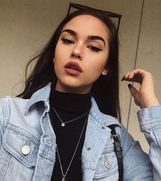 Are you looking for the best beauty hacks for a teenage life. In this article, I will share some beauty hacks for teenage girls to look flawless. Makeup Goals, Makeup Inspo, Makeup Inspiration, Makeup Ideas, Makeup Style, Makeup Tips, Beauty Make-up, Beauty Hacks, Hair Beauty