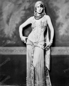 Marion Benda Showgirl Vintage 8x10 Reprint Of Old Photo