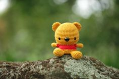 Fat Face Pooh Bear. Xuan's Fat Face Bear pattern available for purchase: http://www.etsy.com/shop/fatfaceandme