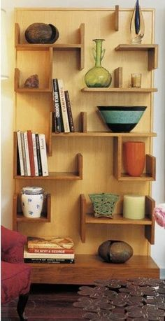 Spotted in the August-September issue of Western Interiors and Design: Designer Jenny Armit& custom walnut bookcase. She uses it to showcase her collection of mid-century ceramic and glass pieces. We love its unique look. Walnut Bookcase, Bookcase Shelves, Corner Shelves, Wall Shelves, Bookshelf Ideas, Bookcases, Modern Bookcase, Deco Cool, Wall Decor