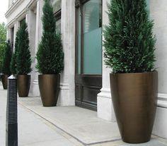 Modern Fiberglass Geo Vase Planter - Contemporary Outdoor Garden Accessories - Pure Modern Design Lifestyle Objects