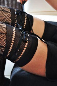 Calzedonia Thigh Socks Above The Knee Bow Satin Ribbon Tigh High Black | eBay