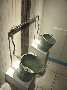 28 weird and somewhat funny urinals around the world Man Cave Bathroom, Barn Bathroom, Industrial Bathroom, Bathroom Interior, Wc Design, Toilet Design, Wc Set, Outdoor Toilet, Restroom Design