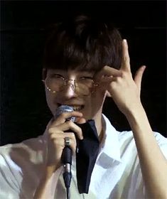just look at his lil glasses