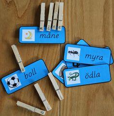 Montessorimaterial: parövning icke ljudenliga ord med bokstavsklämmor Learn Swedish, Swedish Language, Time Kids, Toddler Play, Learning Letters, Learning Environments, Letter Art, Kids And Parenting, School Supplies