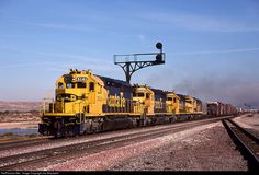 RailPictures.Net Photo: ATSF 5141 Atchison, Topeka & Santa Fe (ATSF) EMD SD40-2 at Barstow, California by Joe Blackwell