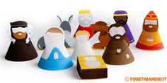 Un presepe 3D di carta molto carino: vi basta stampare, ritagliare e costruire i vari personaggi; per i bambini c'è anche la versione da colorare