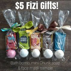 Posh by Simone: My Favorite Holiday Pampering Gifts! Fizi Bath Bomb Gift Set Posh Party, Spa Party, Bath Bomb Gift Sets, Mini Spa, Posh Love, Posh Products, Cute Packaging, Beauty Corner, Perfectly Posh