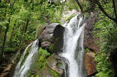 Rutas por el Valle Jerte  Cascada en la Garganta de las Nogaledas en Valle del Jerte