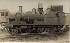 EKLR No 5 at Sheperdswell. Rare photo of it in steam on the East Kent Light Railway. Lyme Regis, Southern Railways, Battle Of Britain, Steam Locomotive, East Sussex, Rare Photos, Military Vehicles, Engineering, Old Things