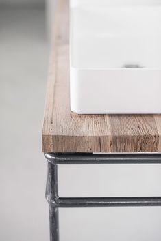 wastafelmeubel op maat oud hout met staal