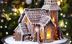 Muun muassa Instagram on loistava paikka uusien ideoiden keräämiseen. Instagramissa on joulun alla taidokkaita piparkakkutaloja, joiden koristelusta voi saada inspiraatiota, vaikka omat tavoitteet olisivat pienemmän mittakaavan tuotoksissa.