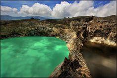 Les lacs du volcan Kelimutu, Indonésie