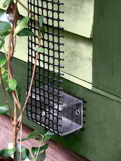 Scroll Trellis OMG What a fantastic concept! Very little hardware involved!