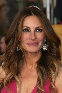 Actress Julia Roberts attends the 20th Annual Screen Actors Guild Awards 2014