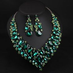 Women's Crystal Bridal Jewelry Sets Fancy Pear Statement Colorful Earrings Jewelry Champagne / Green / Rose Red For Wedding Party 1 set 18k Gold Earrings, Rhinestone Earrings, Bridal Earrings, Crystal Rhinestone, Pearl Bridal Jewelry Sets, Wedding Jewelry Sets, Big Jewelry, Jewelry Gifts, Crystal Statement Necklace