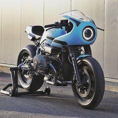 . Damn cool BMW RnineT Racer built by @jvb_moto . Credit : @pipeburn @bmwmotorradaus @bmwmotorradusa @bmwmotorrad . #bmw #rninet #racer #pipeburn #germany #TWO #FireMotorcycle .