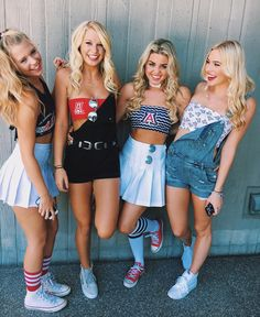 If you really want to bear down on game day at U of A, check out these cute gameday outfits at University of Arizona for some tailgating outfit inspiration! College Games, College Game Days, College Life, Bffs, Bestfriends, Tailgate Outfit, Tailgating Outfits, Black Overalls, Football Outfits