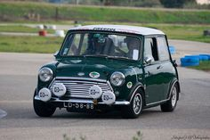 Mini Cooper Classic, Classic Mini, Mini Copper, Mk1, Mini Me, Old Cars, Rally, Madness, Racing