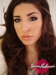 Megan Fox Inspired Neutral Make Up Look